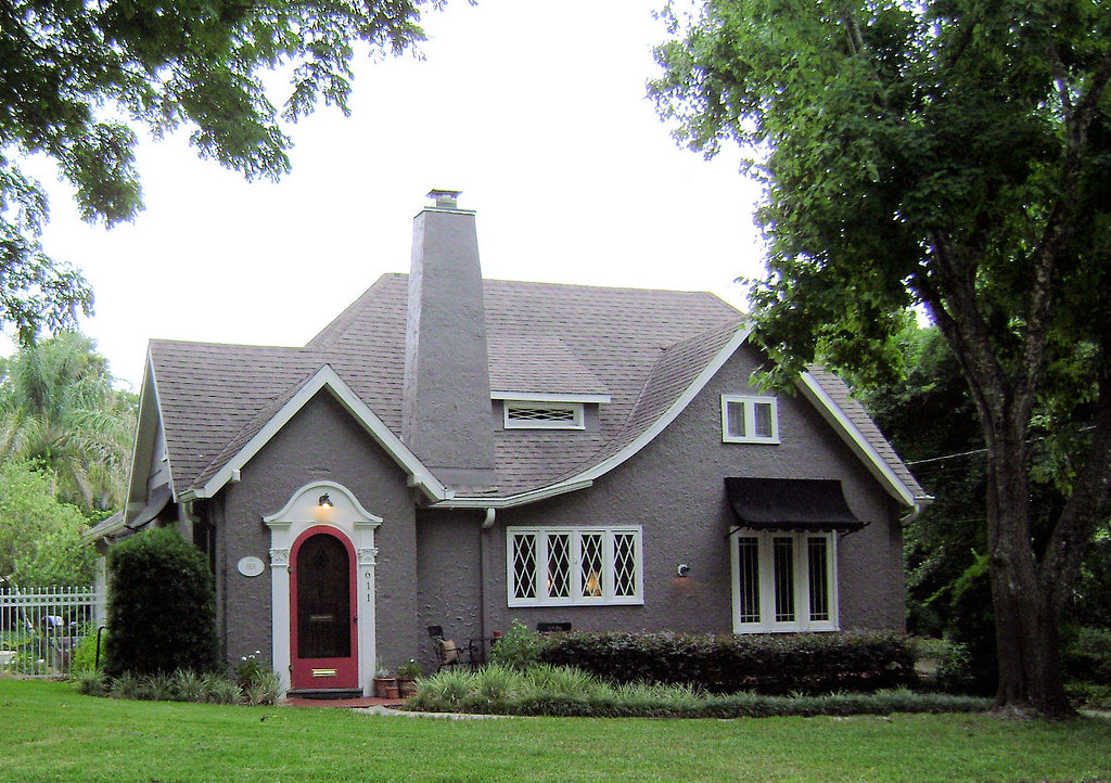 Grey Tudor Revival 611 North Cherokee Avenue Deland