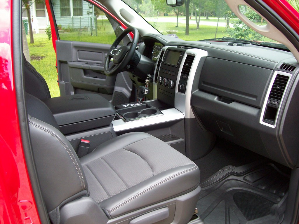 U Connect Phone >> 2010 Dodge Ram 1500 R/T Interior - Passenger Side View ...