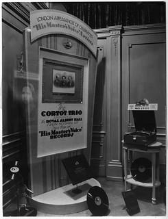 hmv 363 Oxford Street, London - Cortot Trio window display - November 1928