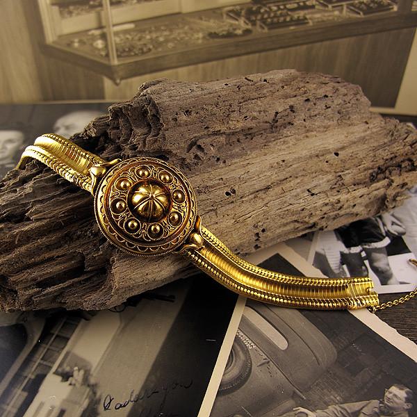 Gold Etruscan Flexible Bracelet   14K gold Etruscan Victoria