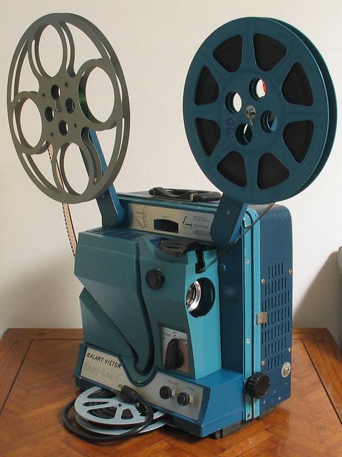 16mm Reel Movie Projectors: Kalart-Victor Easy-Load 90-25 16mm Sound Movie Projector