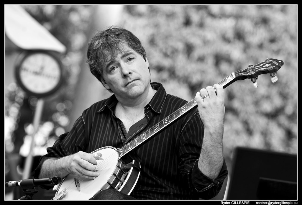 Bela Fleck With The New Grass Revival Deviation