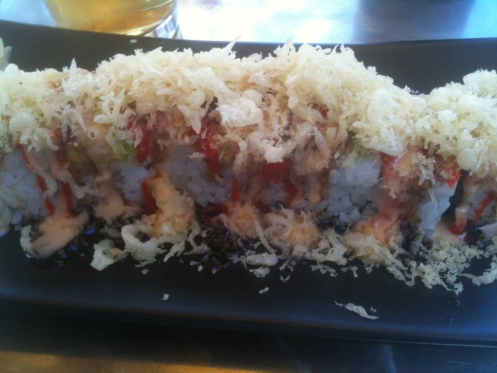 Summer sushi roll at the sushi restaurant akiyama in for Adaro sushi pan asian cuisine