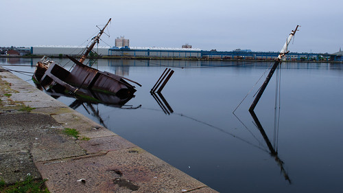 Sinking Ship | by Rob Hayes.