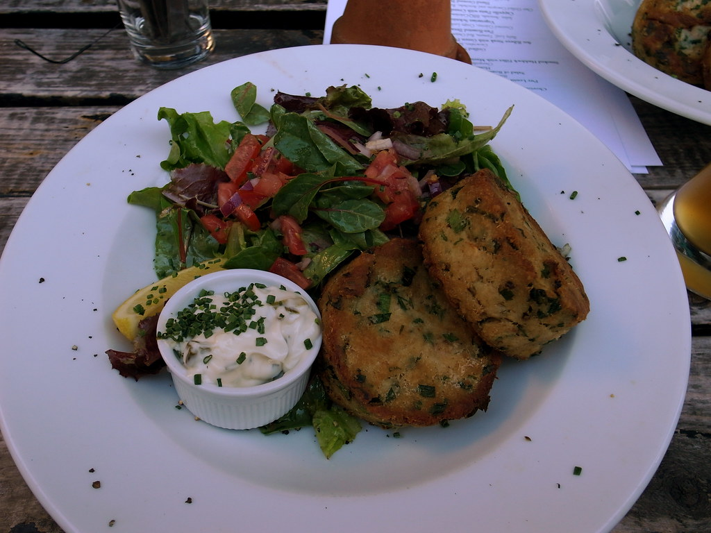 Crab Cakes And Arugula Salad