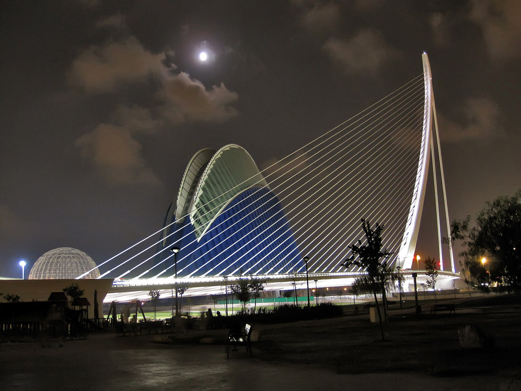 Bridge in The City of Arts and Sciences area, Valencia Spa…  Flickr