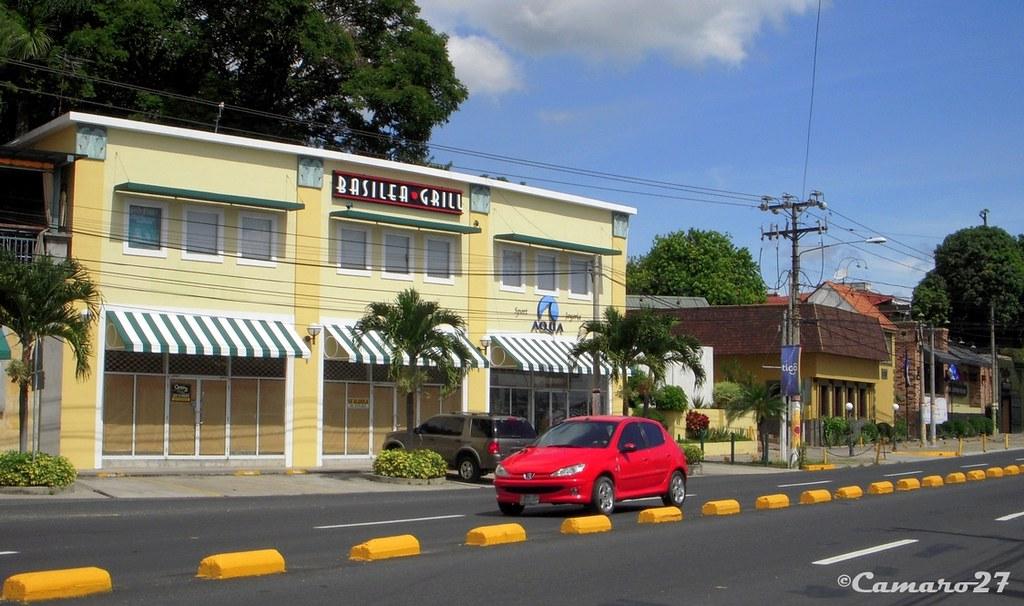 Centro comercial plaza basilea centro comercial basilea - Centro comercial el serrallo ...