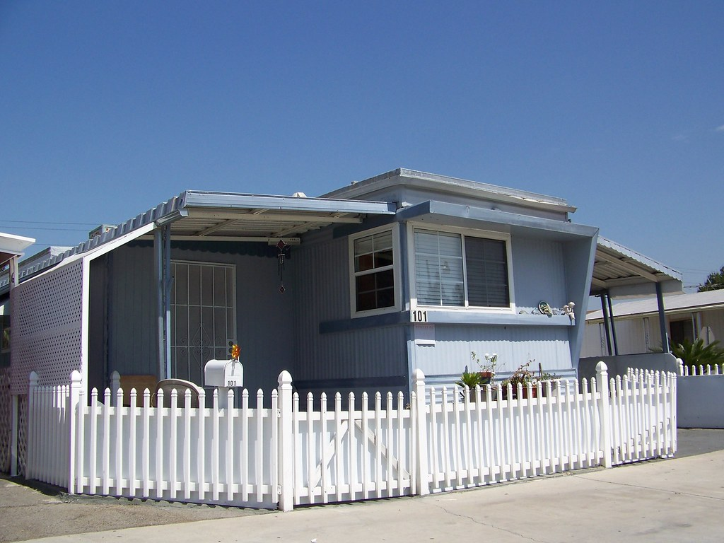 1950s 60s Mobile Home Nothing Like A White Picket Fence Flickr