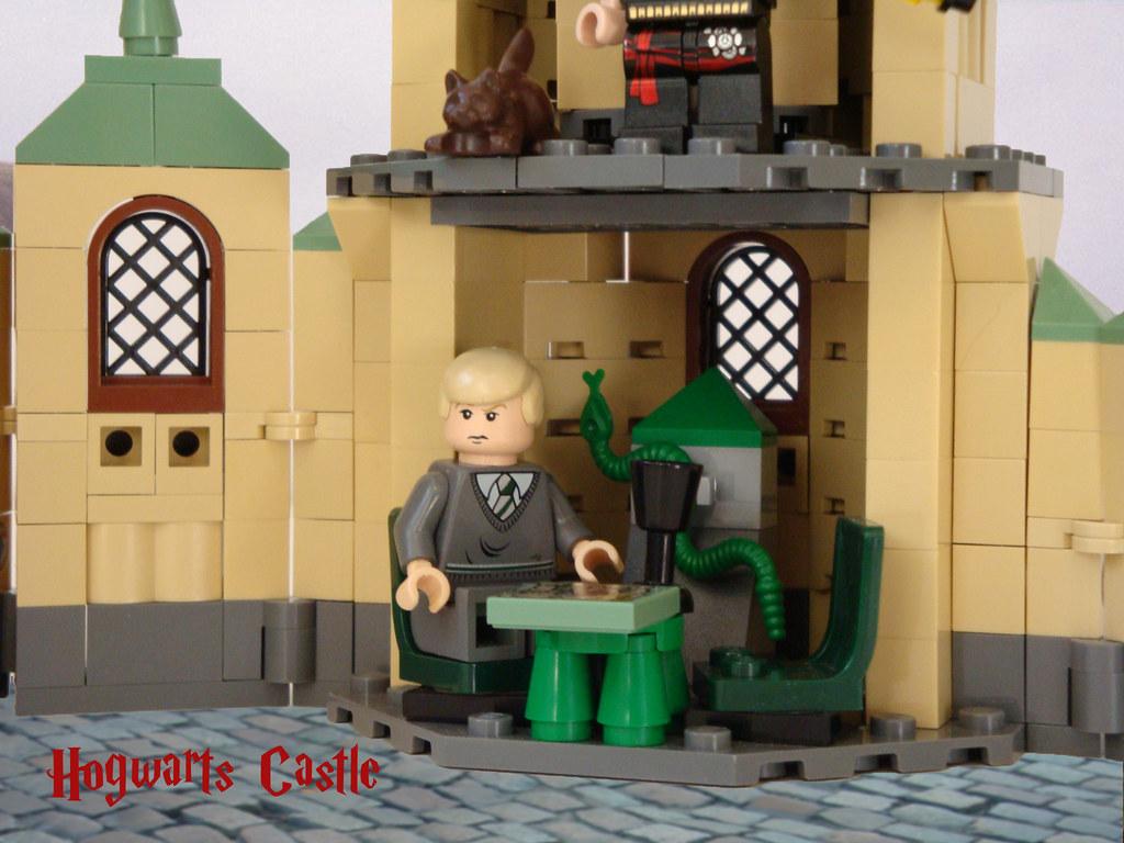 Lego Harry Potter 4842 Hogwarts Slytherin Common Room By Dita_svelte
