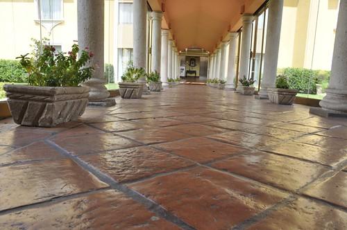 Outdoor Terracotta Tile Antique Terracotta Tile On An