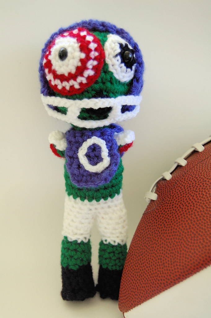 Zombie Football Player | This is the doll designed as a