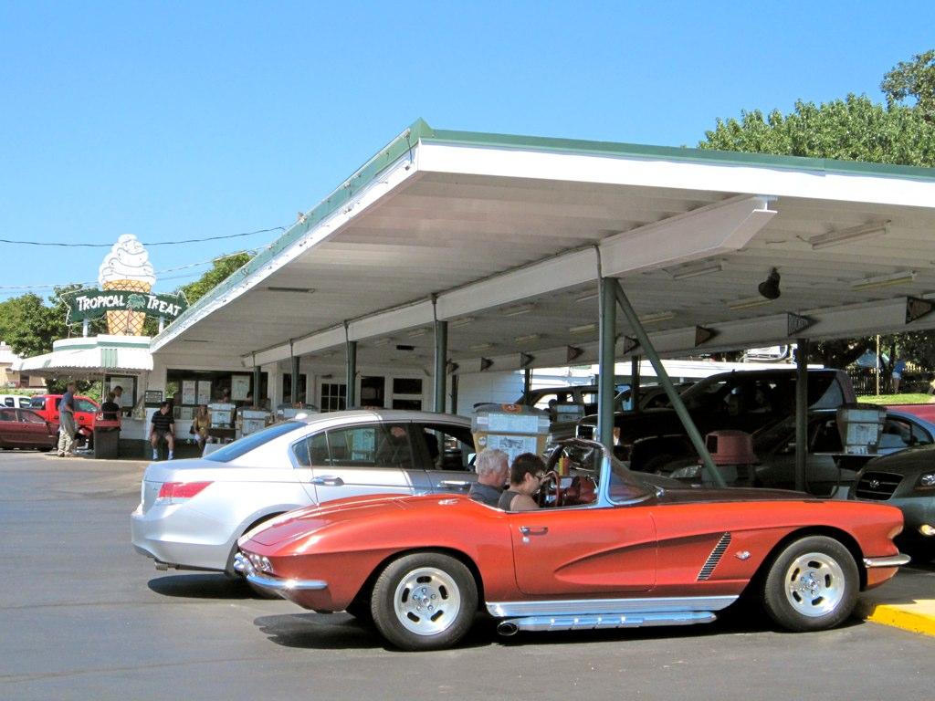 Tropical Treat Hanover Pa Car Hop Service Retroroadmap