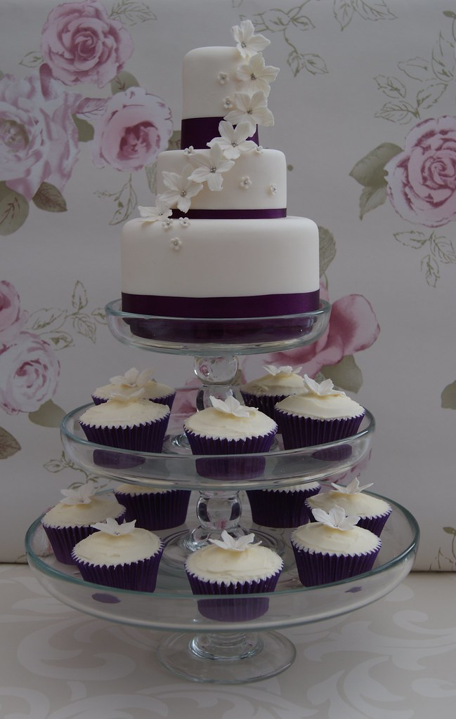 Mini 3 Tier With Cupcakes Loved The Idea Of Mixing A