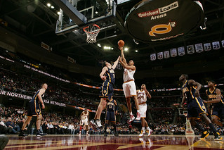 Hollins Shoots | by Cavs History
