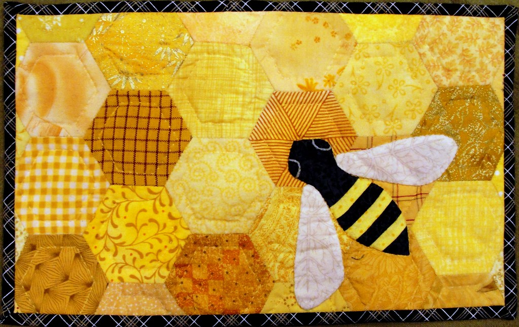 Honey Bee Rug Roselawnlutheran