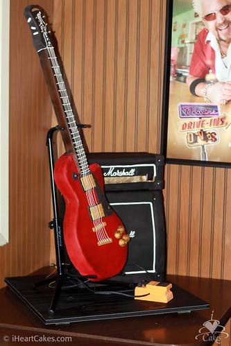 Les Paul Guitar Marshall Amp Boss Pedal Cake Side View I