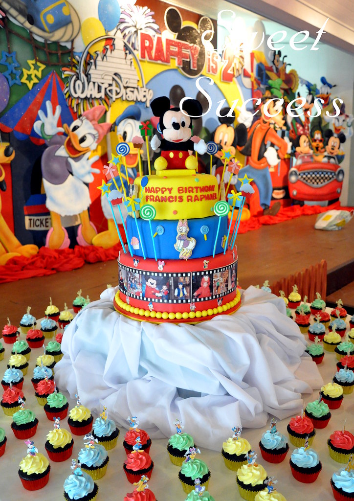 Mickey Mouse Amp Friends Cake Amp Cupcakes Sweet Success