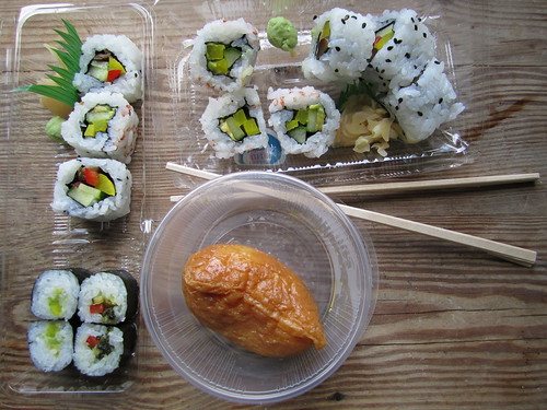 Smart Deli Vegan Sushi | by veganbackpacker