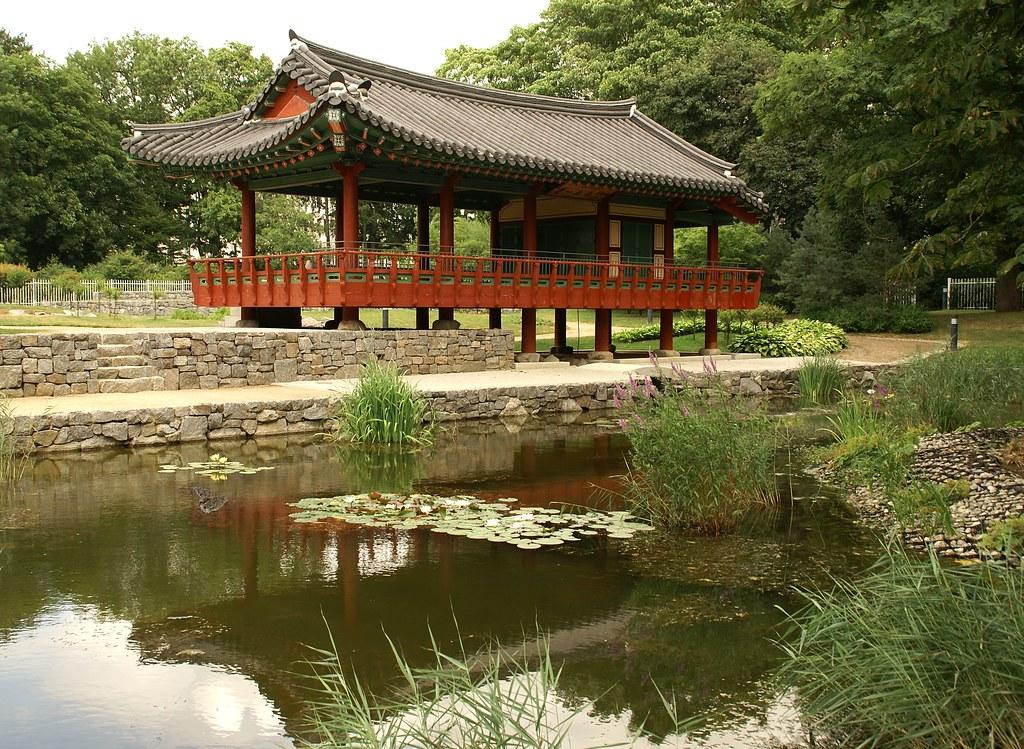 Frankfurt koreanischer garten morgentau pavillon korean flickr - Garten und landschaftsbau frankfurt am main ...