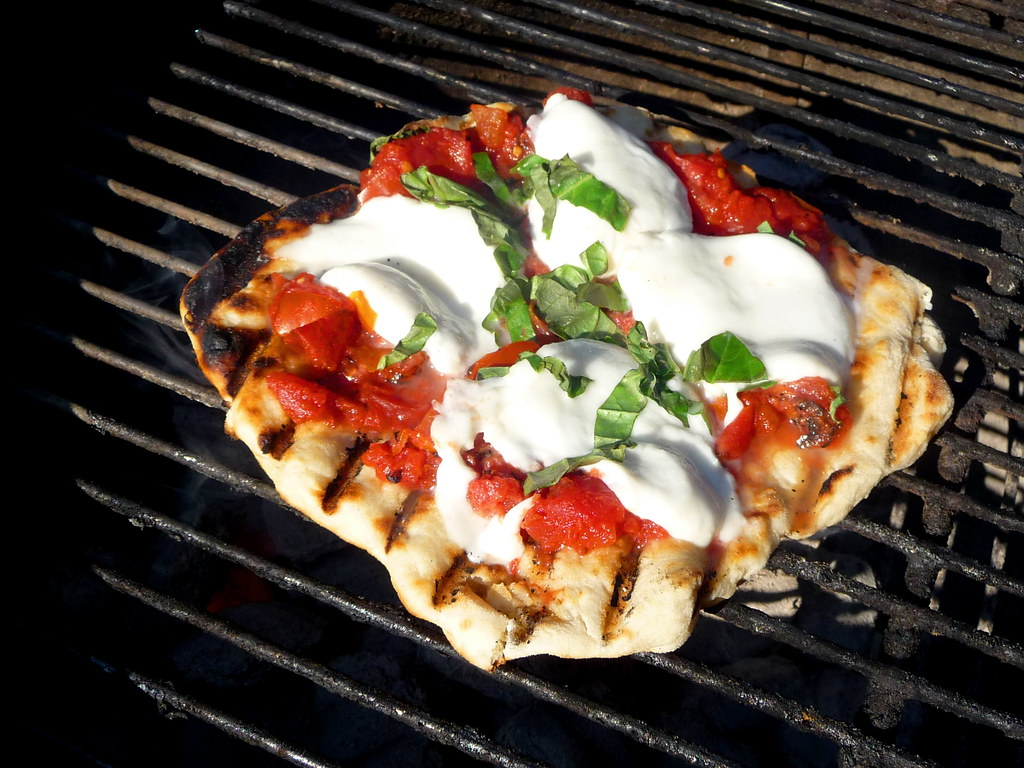 Grilling Pizza Gino S Ultimate Guide Captain Gino
