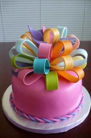 Big Bow Birthday Cake Strawbery cake covered with ...