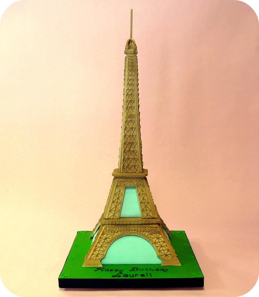 Eiffel Tower Cake Pan