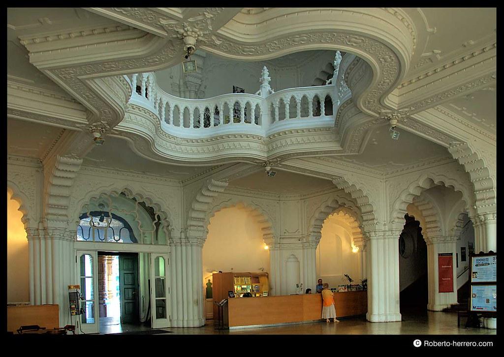 Interior of applied arts museum budapest hungary flickr - Roberto herrero ...