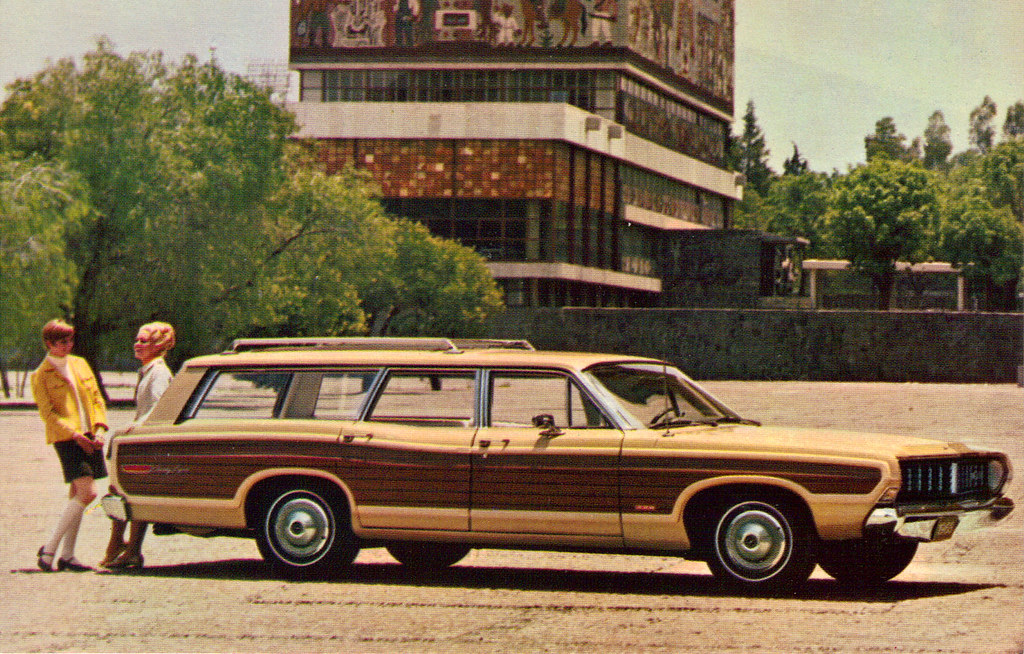 Mustang Sport Wagon >> 1968 Ford Country Squire Station Wagon | coconv | Flickr