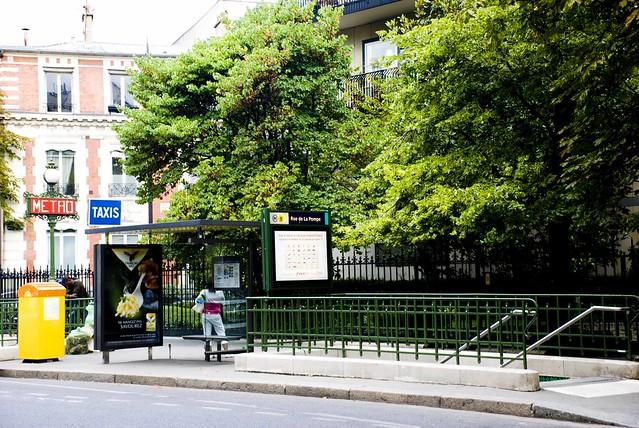 metro rue de la pompe flickr photo sharing. Black Bedroom Furniture Sets. Home Design Ideas