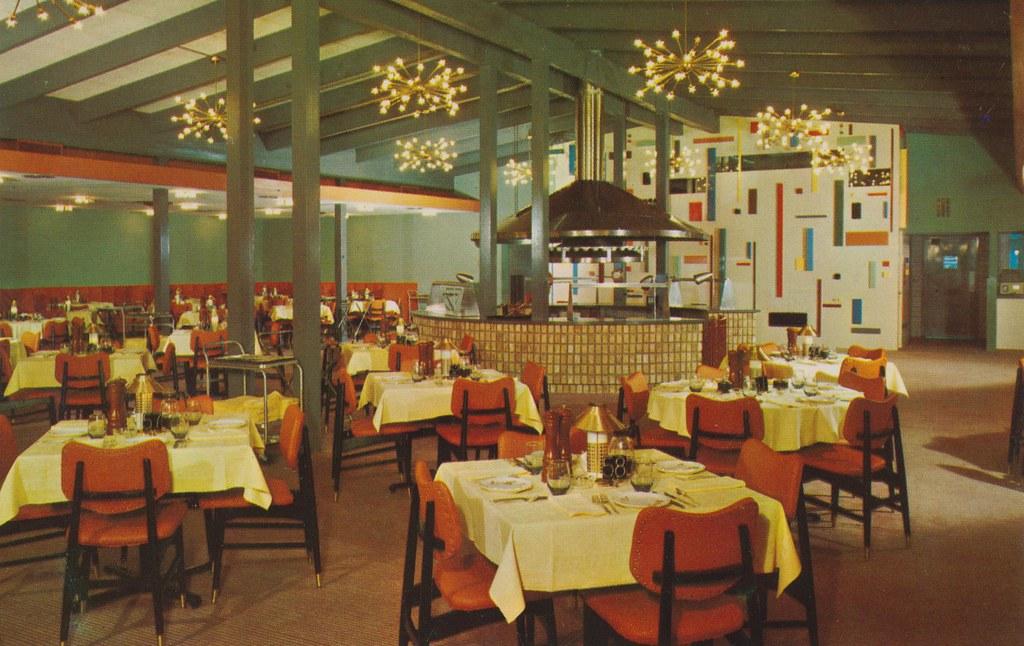Villa Capri Motor Hotel Restaurant - Austin, Texas
