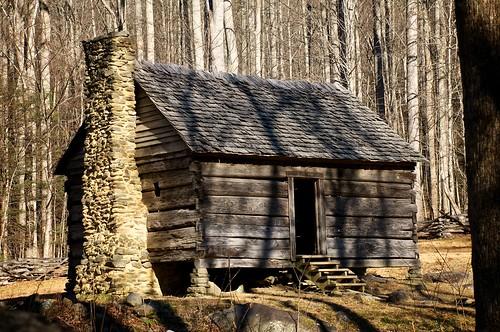 Primitive cabin another primitive log cabin in the park for Log cabin portici e ponti