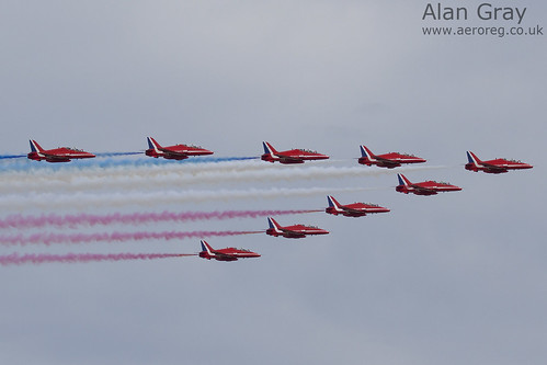 2010 Red Arrows - 100905 Duxford - Alan Gray - IMG_1983 | by aeroreg