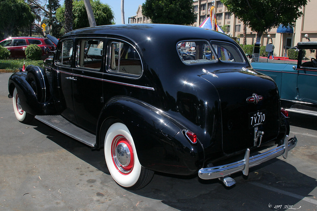 1939 buick limousine model 90l - black