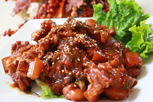Olivia Gauthier's spicy stir fried pork | by maangchi