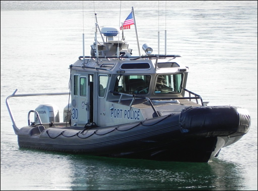 Port Police Port Of Los Angeles A Safe Boat On Active