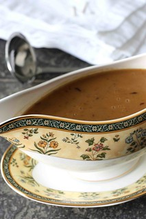 How to Make Turkey Gravy: A Tutorial & Recipe | by CookinCanuck