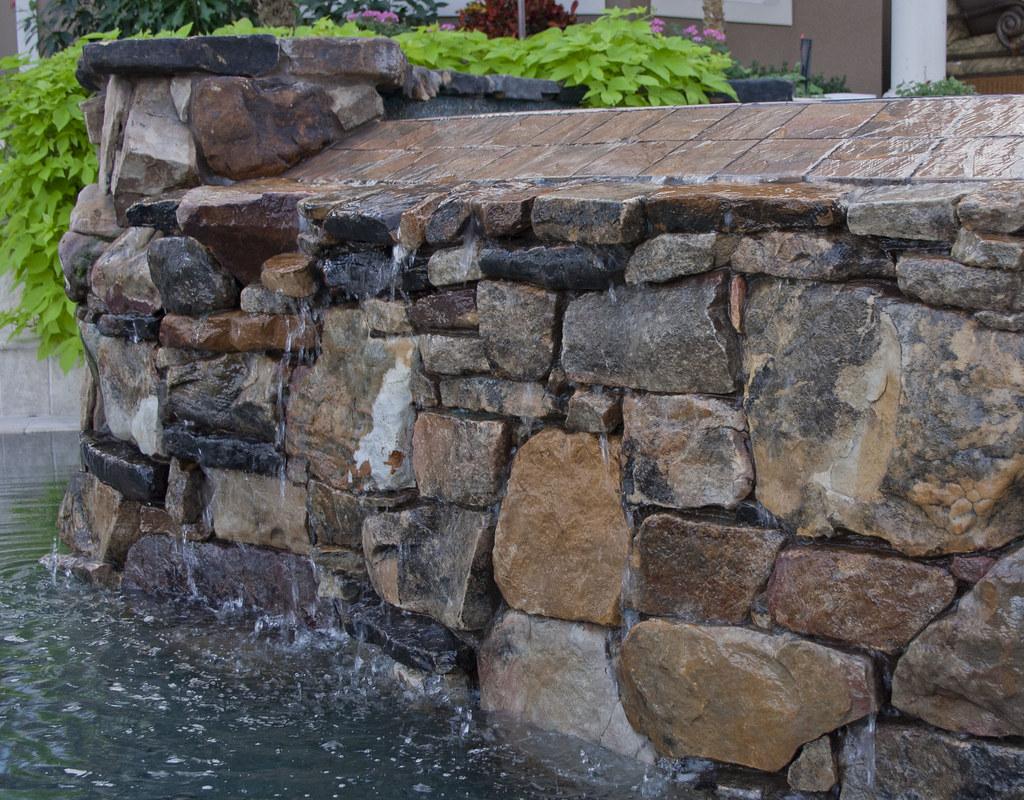 Closeup of Negative Edge Natural Stone Water Wall