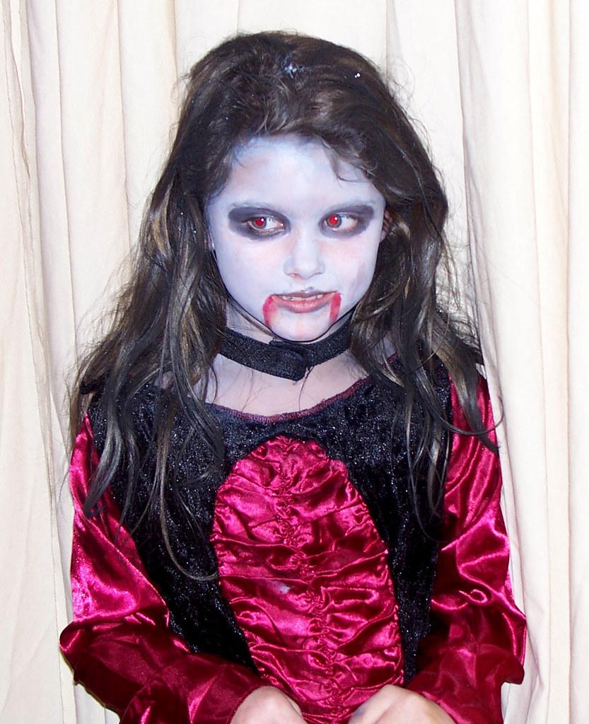 scary kids vampire costume great makeup job mrcostumescom flickr - Scary Vampire Halloween Costumes