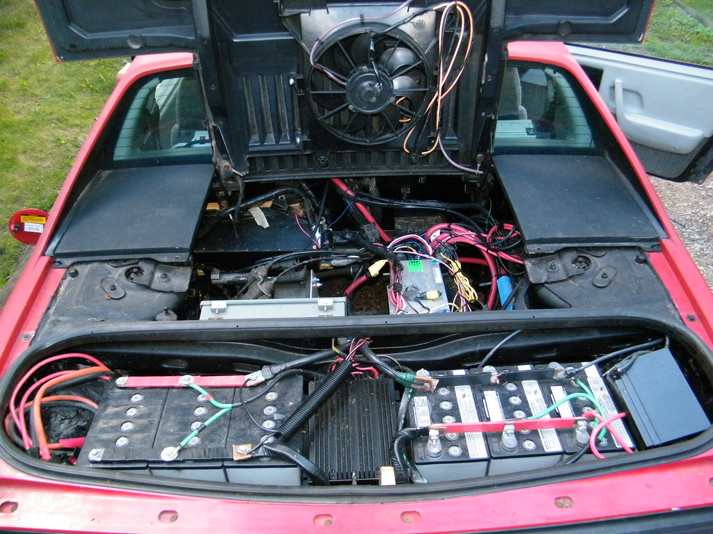 1984 pontiac fiero rear battery and electronics birds. Black Bedroom Furniture Sets. Home Design Ideas