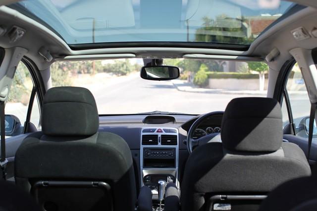 peugeot 307 SW - interior | 2005 Peugeot 307 SW (station wag… | Flickr