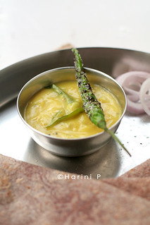 Pitla ~ Chickpea flour whisked and tempered to form a gravy | by sunshinemomsblog
