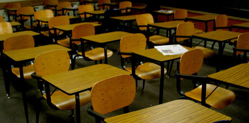 UF Weimer Wooden Desks Desk Classroom