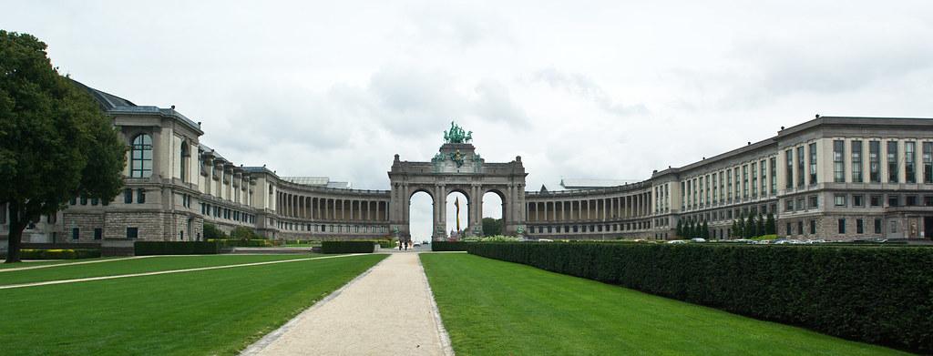 Mus e royal de l 39 arm e et de l 39 histoire militaire bruxel - L histoire de l architecture ...