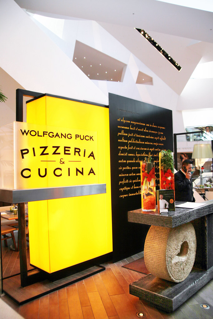 Wolfgang Puck Pizzeria Cucina The Shops At Crystals Ar Flickr