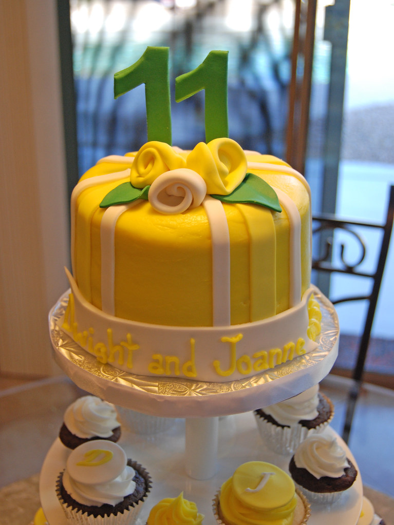 Yellow and Emerald Green 11th Wedding Anniversary Cupcake … | Flickr