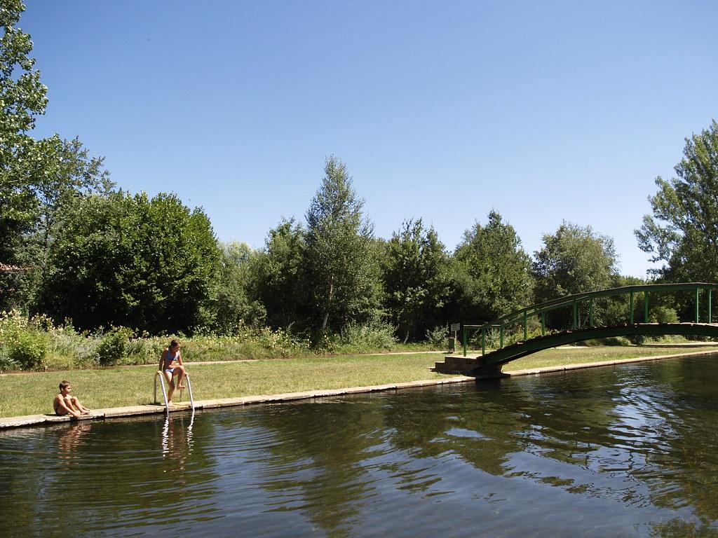 Resultado de imagen de piscina natural del rio razón