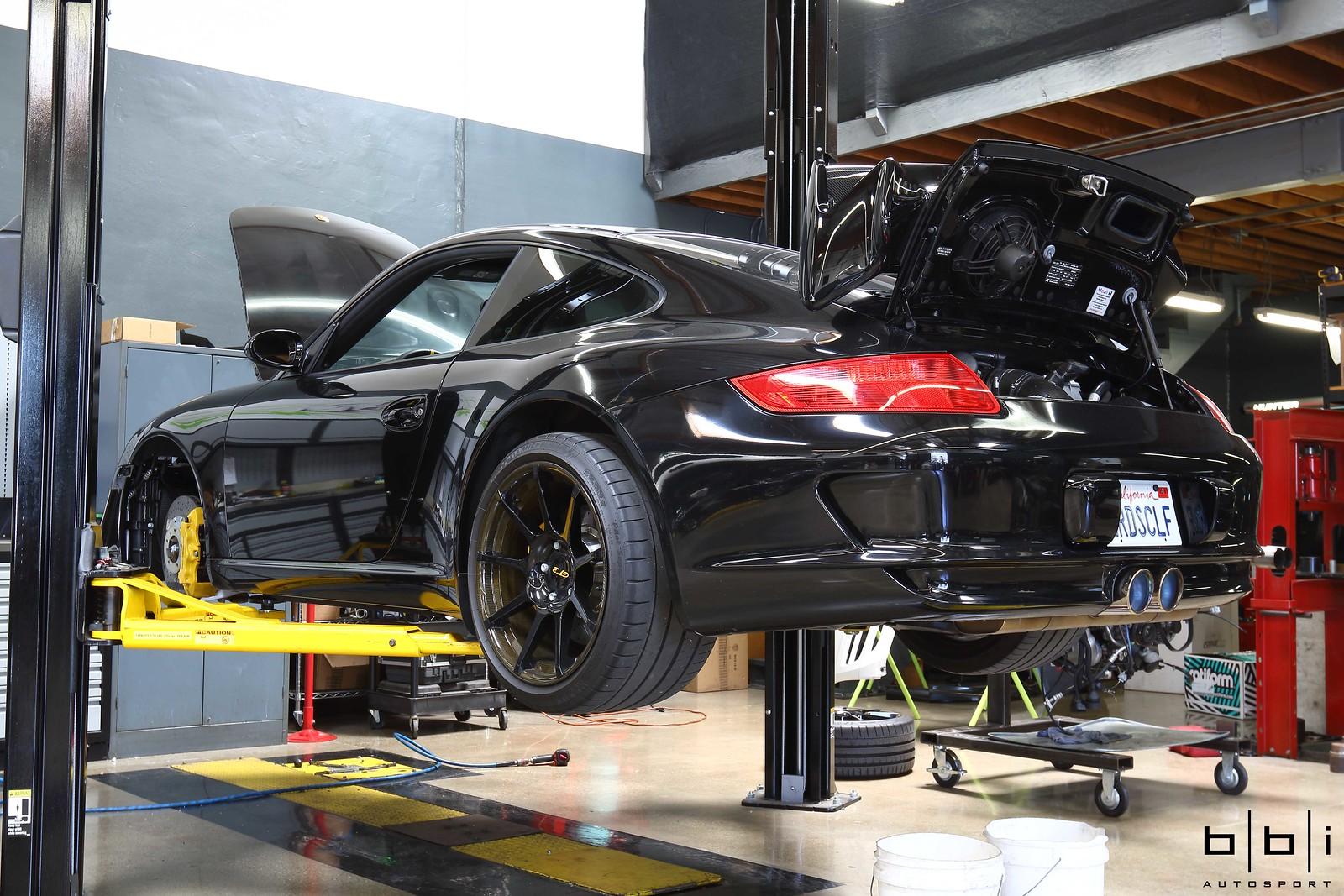 Porsche 997 1 GT3 CSF Radiator Installation at BBi Autosport