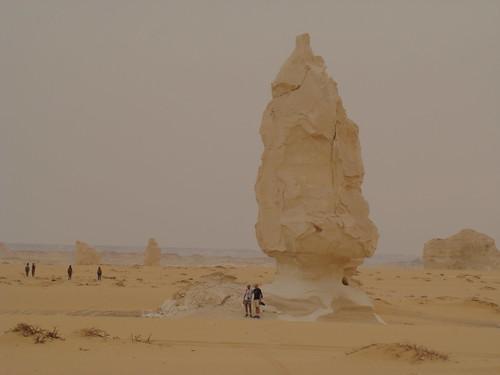 Roca fungiforme o en seta - Western Desert (Egipto) - 01