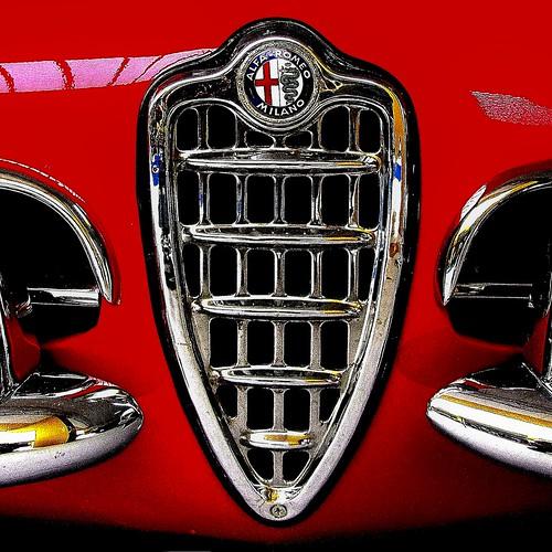 Alfa Romeo Giulia Spider -particolare