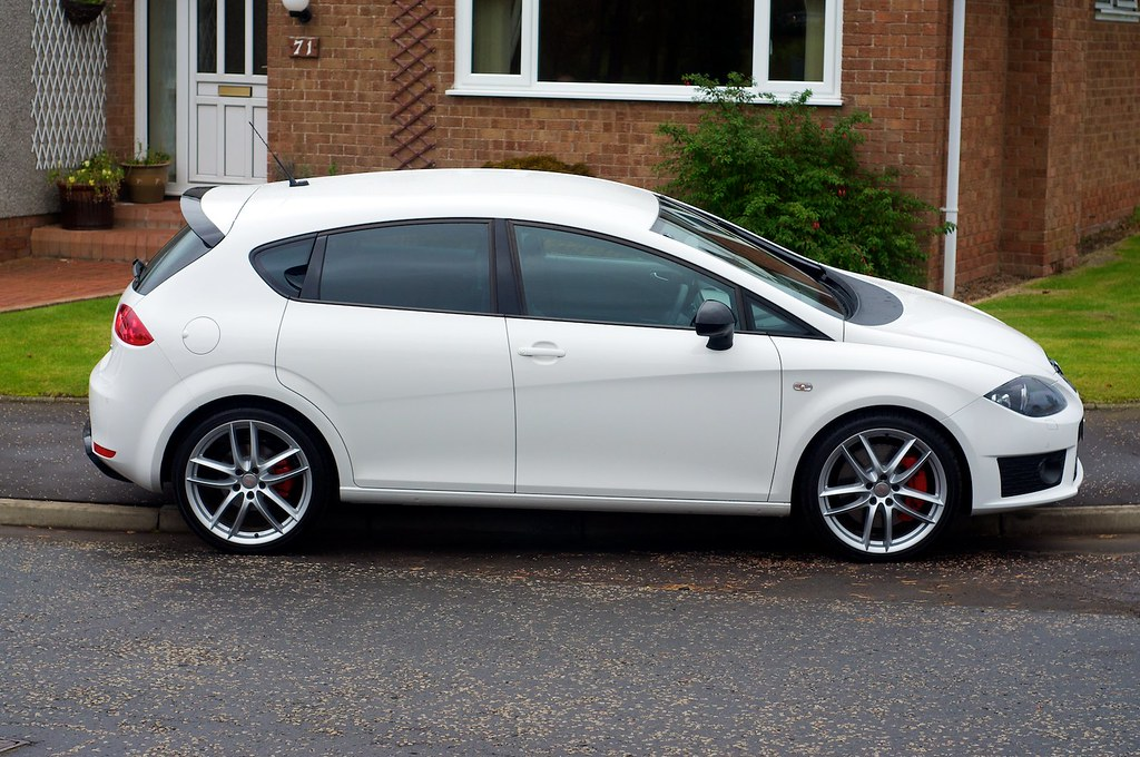 2010 seat leon cupra r craig 39 s 2010 fully loaded seat leo flickr. Black Bedroom Furniture Sets. Home Design Ideas